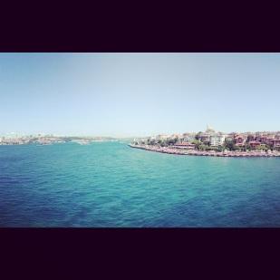 Selat Bosphorus dari puncak Maidens Tower