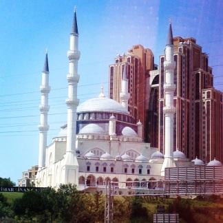 Salah satu Masjid di sepanjang jalan dari Anatolia menuju Istanbul